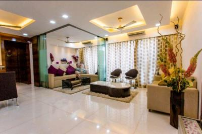 Gallery Cover Image of 1360 Sq.ft 2 BHK Apartment for buy in Rustomjee Elanza, Malad West for 32500000