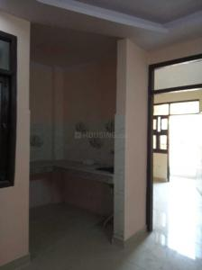 Gallery Cover Image of 651 Sq.ft 2 BHK Independent Floor for buy in Sector 75 for 4800000