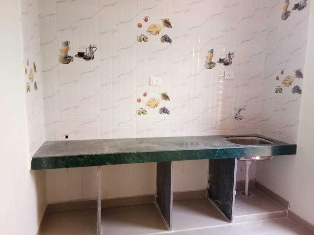 Kitchen Image of 330 Sq.ft 1 BHK Apartment for rent in Harigram for 3500