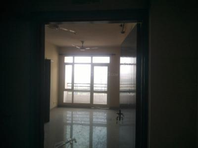 Gallery Cover Image of 1075 Sq.ft 2 BHK Apartment for rent in Sector 135 for 13000
