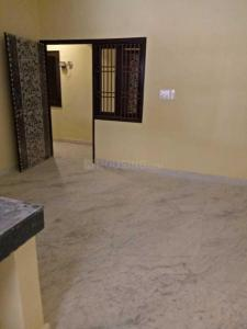 Gallery Cover Image of 415 Sq.ft 1 BHK Independent Floor for rent in Dwarka Mor for 6000