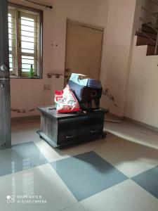 Gallery Cover Image of 5000 Sq.ft 4 BHK Independent House for rent in Jasodanagr for 20000