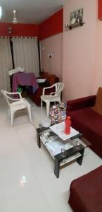 Gallery Cover Image of 680 Sq.ft 1 BHK Apartment for buy in Morya Crystal, Santacruz East for 13500000