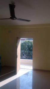 Gallery Cover Image of 1050 Sq.ft 1 BHK Independent Floor for rent in Kaikhali for 8000