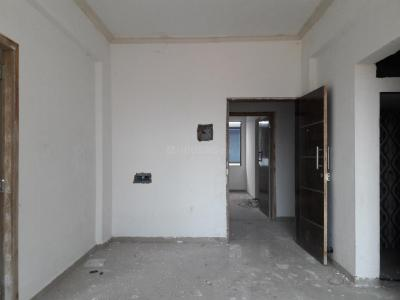 Gallery Cover Image of 725 Sq.ft 2 BHK Apartment for buy in Kalyan East for 2610000