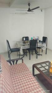 Gallery Cover Image of 2000 Sq.ft 4 BHK Villa for rent in Airoli for 65000