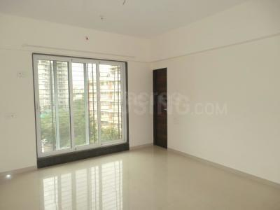 Gallery Cover Image of 575 Sq.ft 1 BHK Apartment for rent in Raheja Reflections, Kandivali East for 26000