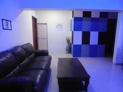 Gallery Cover Image of 850 Sq.ft 3 BHK Apartment for rent in Bandra East for 18000