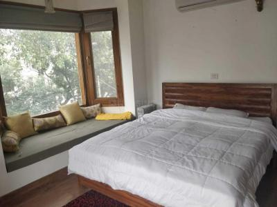 Gallery Cover Image of 1800 Sq.ft 2 BHK Independent Floor for rent in Nizamuddin East for 100000