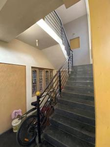 Gallery Cover Image of 2200 Sq.ft 4 BHK Independent Floor for rent in Sahakara Nagar for 36000