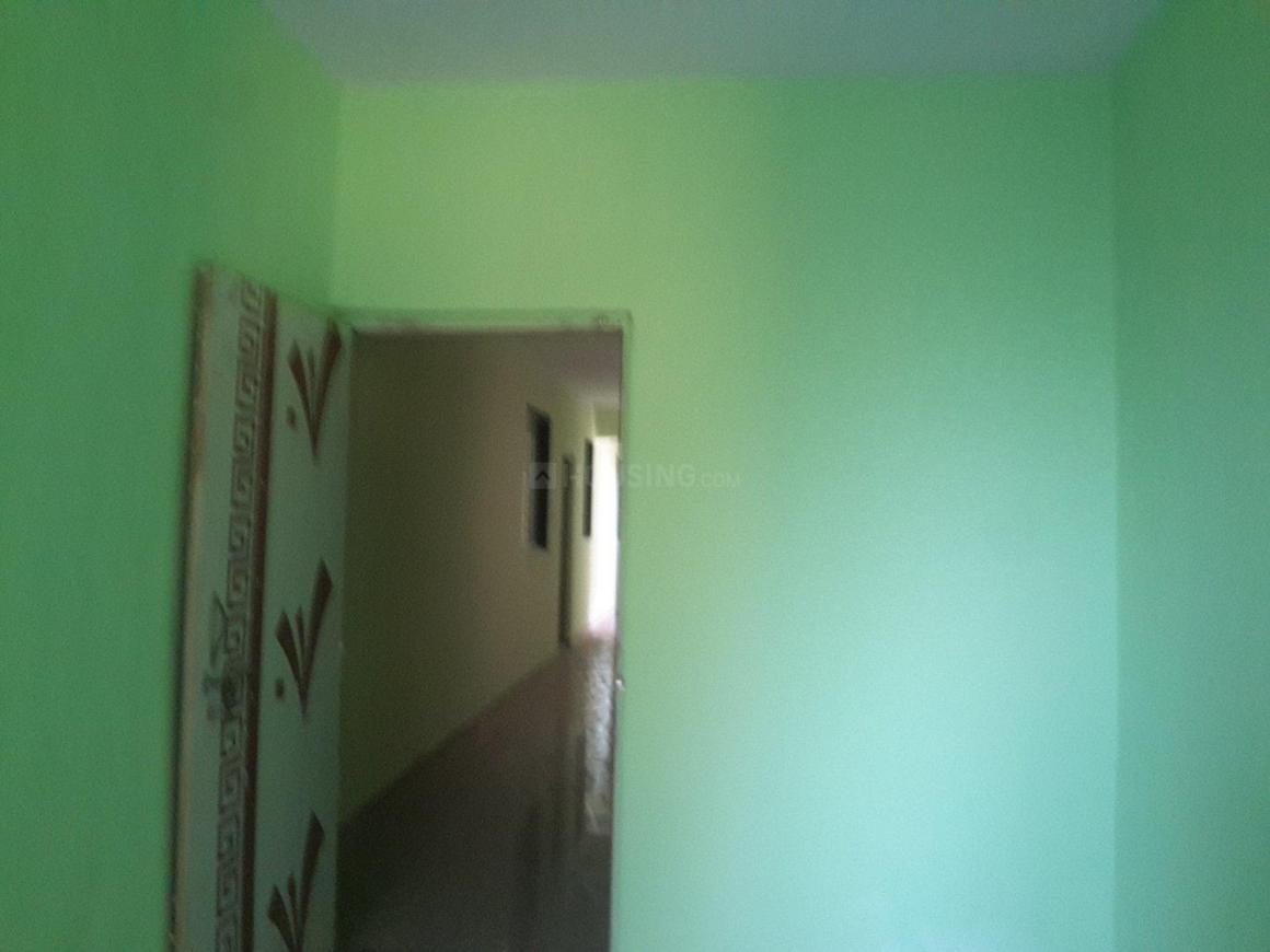 Living Room Image of 550 Sq.ft 1 BHK Apartment for rent in Kopar Khairane for 12000