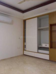 Gallery Cover Image of 1100 Sq.ft 2 BHK Apartment for rent in Sector 6 Dwarka for 19000