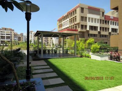 Gallery Cover Image of 1500 Sq.ft 3 BHK Apartment for rent in Bavdhan for 23000