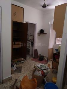 Gallery Cover Image of 500 Sq.ft 1 BHK Apartment for rent in Niva Building, Netaji Nagar for 20000