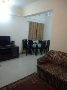 Gallery Cover Image of 1050 Sq.ft 2 BHK Apartment for rent in Wadgaon Sheri for 18000
