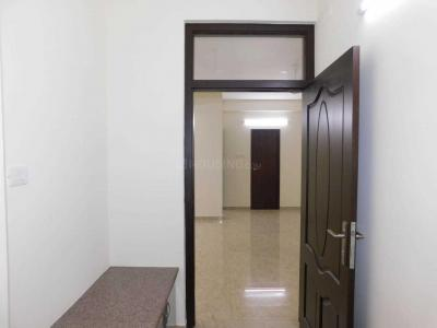 Gallery Cover Image of 2800 Sq.ft 3 BHK Apartment for rent in Adyar for 70000