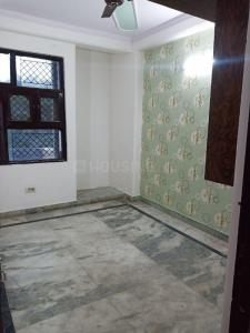 Gallery Cover Image of 1325 Sq.ft 3 BHK Apartment for buy in Shalimar Garden for 4400000