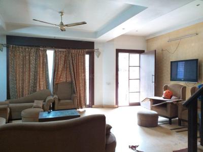 Gallery Cover Image of 5215 Sq.ft 4 BHK Villa for rent in Whitefield for 56000