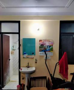 Gallery Cover Image of 650 Sq.ft 2 BHK Independent Floor for buy in Jamia Nagar for 2400000