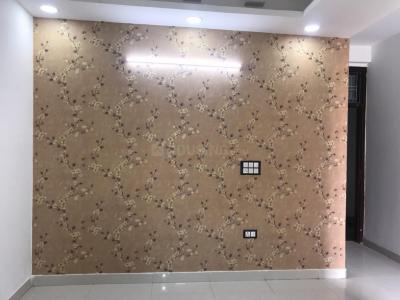 Gallery Cover Image of 1000 Sq.ft 3 BHK Independent Floor for buy in Sector 105 for 3300000