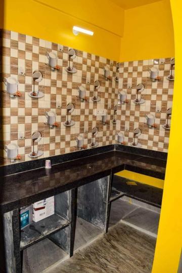 न्यू टाउन में काइनेटिक पीजी में किचन की तस्वीर