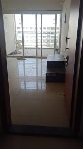 Gallery Cover Image of 1200 Sq.ft 2 BHK Apartment for rent in Kolte Patil Life Republic 7th Avenue, Hinjewadi for 13500