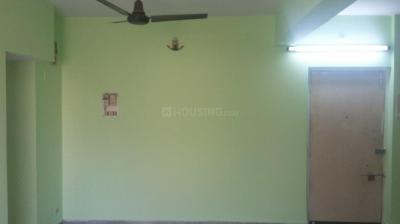 Gallery Cover Image of 850 Sq.ft 2 BHK Apartment for rent in Kalighat for 15000