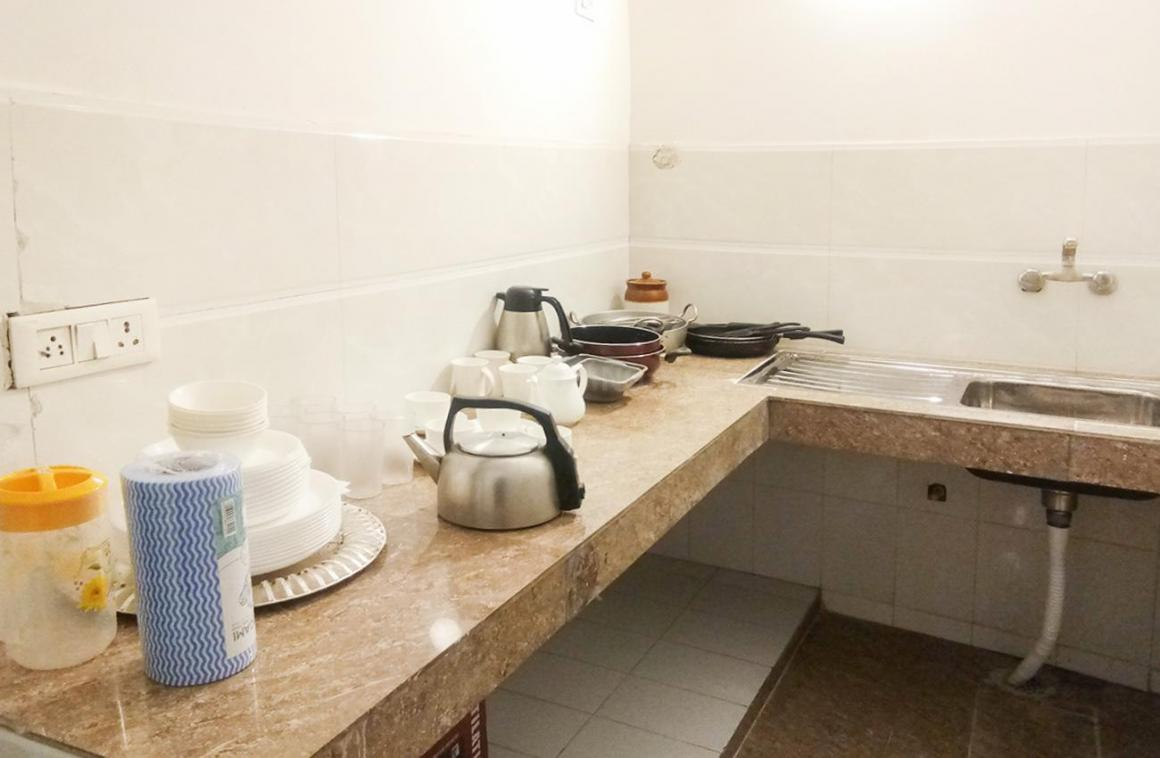 Kitchen Image of 250 Sq.ft 1 BHK Independent House for rent in Sultanpur for 15000