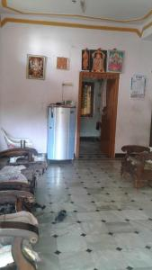 Gallery Cover Image of 950 Sq.ft 2 BHK Independent House for rent in LB Nagar for 9000