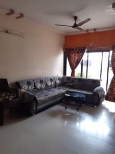 Gallery Cover Image of 1175 Sq.ft 2 BHK Apartment for rent in Shivam Arcade, Chanakyapuri for 22000