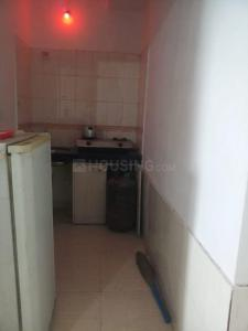 Gallery Cover Image of 340 Sq.ft 1 RK Apartment for rent in Summit Apartments, Goregaon East for 14000