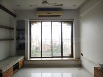 Gallery Cover Image of 850 Sq.ft 2 BHK Apartment for rent in Gundecha Valley Of Flowers, Kandivali East for 28000