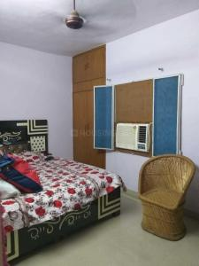 Gallery Cover Image of 1000 Sq.ft 2 BHK Apartment for buy in Mayur Vihar II for 9500000