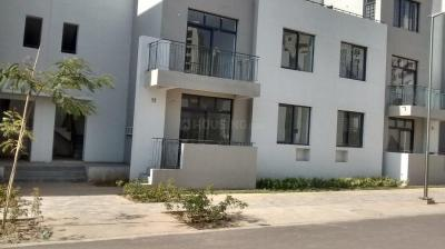 Gallery Cover Image of 930 Sq.ft 2 BHK Independent House for rent in Vatika Independent Floors, Sector 82 for 17000