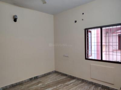 Gallery Cover Image of 2000 Sq.ft 3 BHK Apartment for rent in Aminjikarai for 30000