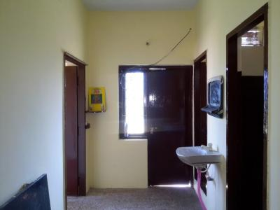 Gallery Cover Image of 450 Sq.ft 1 BHK Apartment for buy in Thiruvanmiyur for 2000000