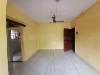 Gallery Cover Image of 850 Sq.ft 2 BHK Apartment for rent in Stone Castle Apartments, Borivali West for 25500