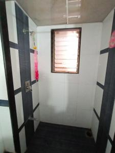 Bathroom Image of Dev PG Service in Malad West