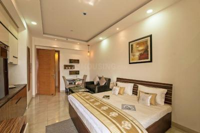 Gallery Cover Image of 535 Sq.ft 1 RK Apartment for buy in Supertech North Eye, Sector 74 for 1100000