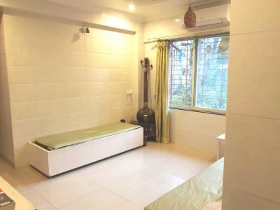 Gallery Cover Image of 500 Sq.ft 1 BHK Apartment for rent in Jogeshwari West for 30000