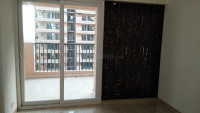 Gallery Cover Image of 955 Sq.ft 2 BHK Apartment for rent in Omicron I Greater Noida for 6500