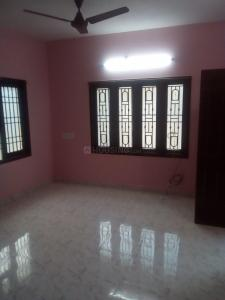 Gallery Cover Image of 700 Sq.ft 1 BHK Apartment for rent in Selaiyur for 6000