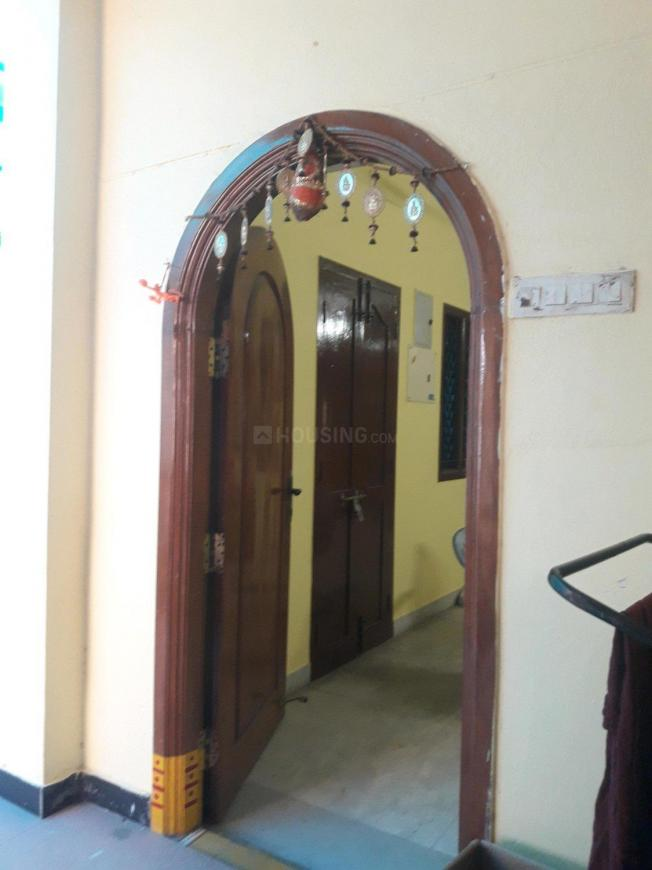 Main Entrance Image of 2000 Sq.ft 3 BHK Independent House for rent in Perungudi for 75000