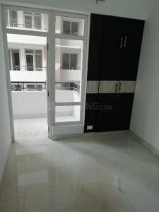 Gallery Cover Image of 1450 Sq.ft 3 BHK Apartment for rent in Noida Extension for 9000