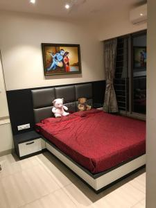 Gallery Cover Image of 1143 Sq.ft 2 BHK Apartment for buy in Kalpataru Aura, Ghatkopar West for 23000000
