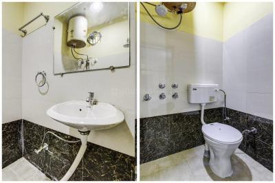 Common Bathroom Image of Crossing Republic in Crossings Republik