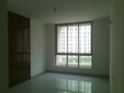 Gallery Cover Image of 1050 Sq.ft 2 BHK Apartment for rent in Hiranandani Estate for 28000