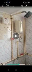 Bathroom Image of Girl PG in Andheri West