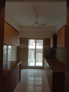 Gallery Cover Image of 1800 Sq.ft 3 BHK Apartment for rent in Shantivan, Juhu for 150000