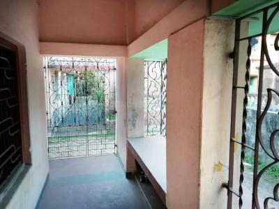 Gallery Cover Image of 900 Sq.ft 2 BHK Independent Floor for rent in Dankuni for 15000